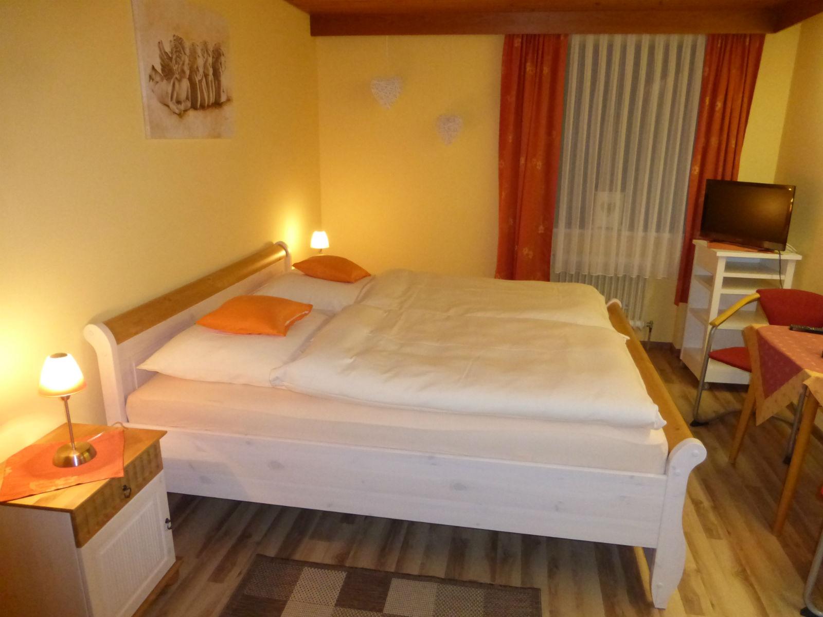 Hammerschmiede-Zimmer-Schlafzimmer-05